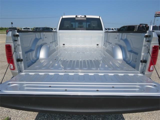 2018 Ram 2500 Crew Cab 4x4, Pickup #102023 - photo 31