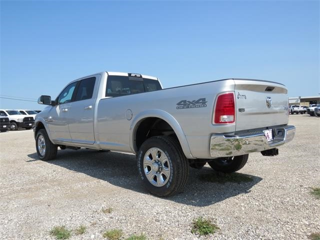2018 Ram 2500 Crew Cab 4x4, Pickup #102023 - photo 2
