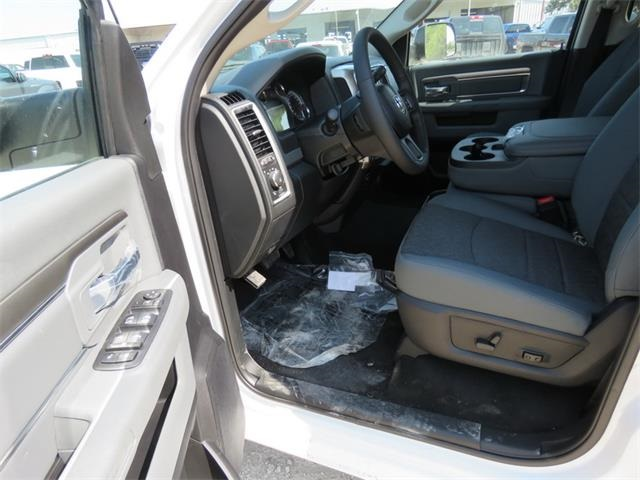 2018 Ram 3500 Crew Cab DRW 4x4, Pickup #111944 - photo 12