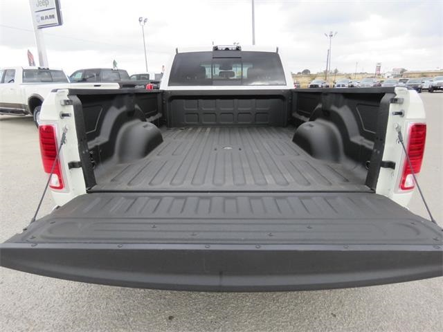 2018 Ram 3500 Crew Cab DRW 4x4, Pickup #111952A - photo 31