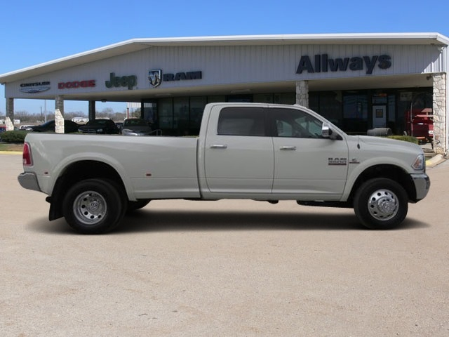 2018 Ram 3500 Crew Cab DRW 4x4, Pickup #111952A - photo 3