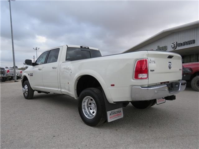 2018 Ram 3500 Crew Cab DRW 4x4, Pickup #111952A - photo 4