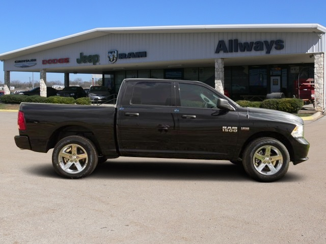 2016 Ram 1500 Crew Cab 4x4, Pickup #184269 - photo 5