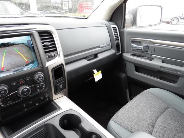 2016 Ram 1500 Crew Cab, Pickup #201171 - photo 26