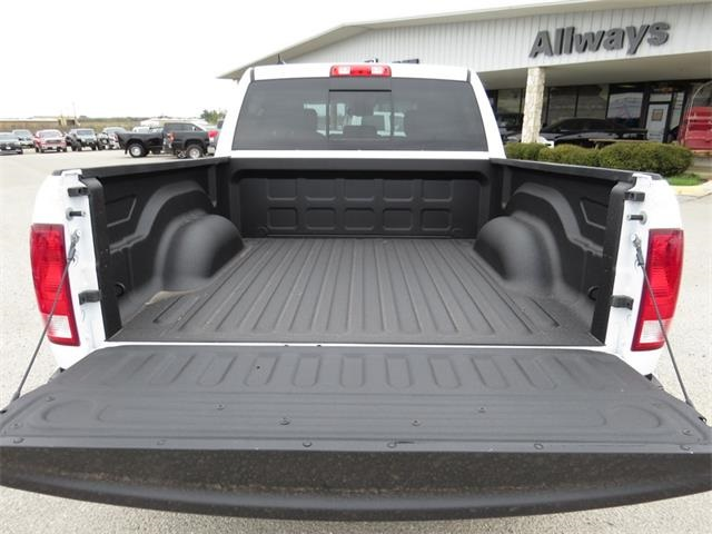 2016 Ram 1500 Crew Cab, Pickup #201171 - photo 28