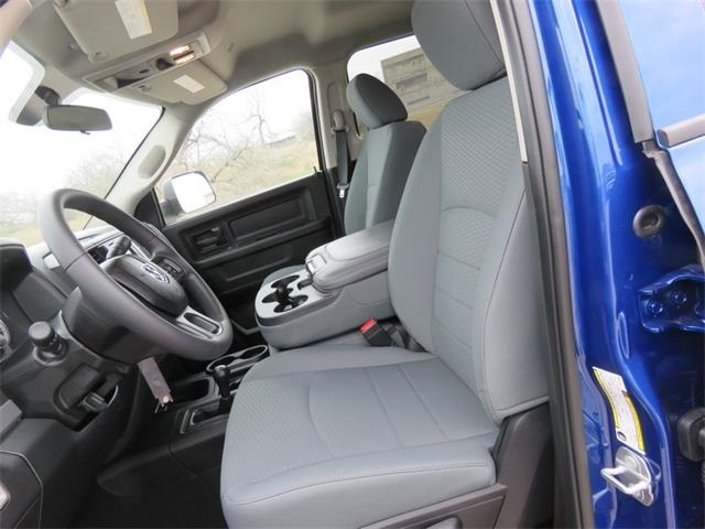 2018 Ram 2500 Crew Cab 4x4, Pickup #216234 - photo 12