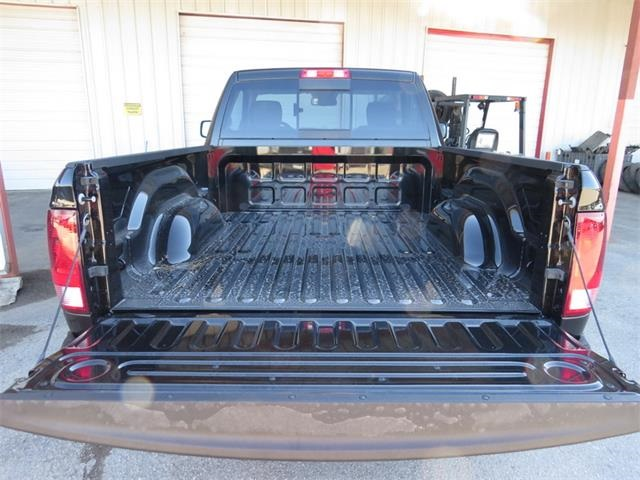 2016 Ram 1500 Regular Cab, Pickup #224954 - photo 25