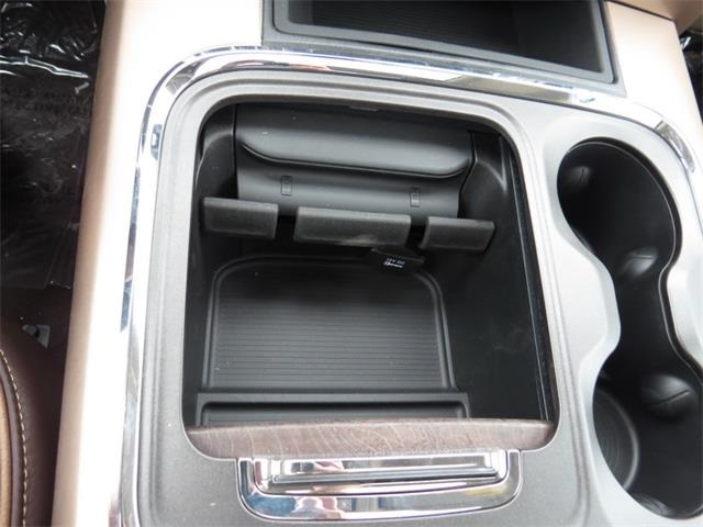 2016 Ram 2500 Mega Cab 4x4, Pickup #259320 - photo 29
