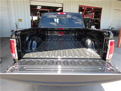 2016 Ram 1500 Crew Cab 4x4, Pickup #272803 - photo 32