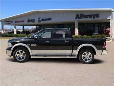 2016 Ram 1500 Crew Cab 4x4, Pickup #272803 - photo 3
