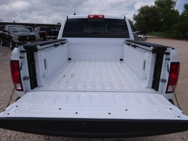 2016 Ram 1500 Crew Cab, Pickup #368590 - photo 30
