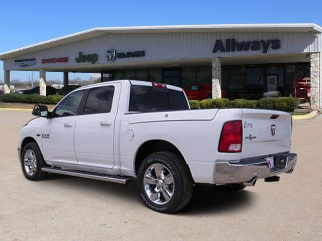 2016 Ram 1500 Crew Cab, Pickup #368590 - photo 2