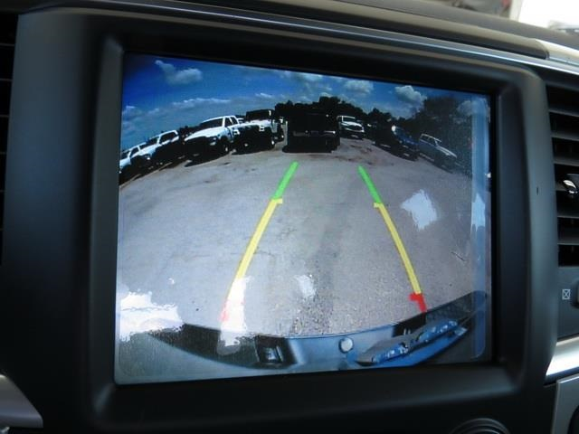 2016 Ram 1500 Crew Cab 4x4, Pickup #372002 - photo 26