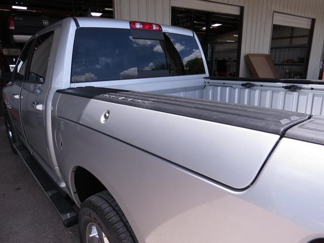 2016 Ram 1500 Crew Cab 4x4, Pickup #372002 - photo 34