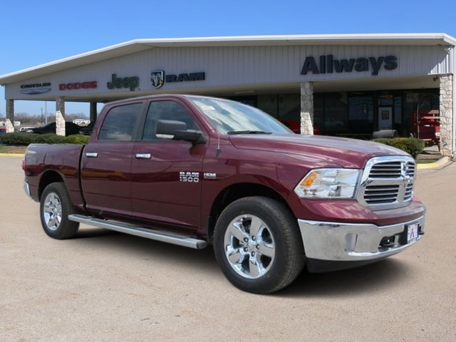 2016 Ram 1500 Crew Cab 4x4, Pickup #407725 - photo 6