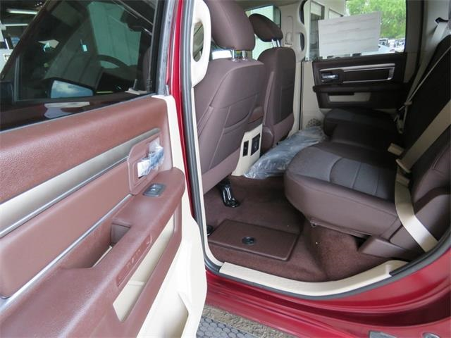 2016 Ram 1500 Crew Cab 4x4, Pickup #407725 - photo 12