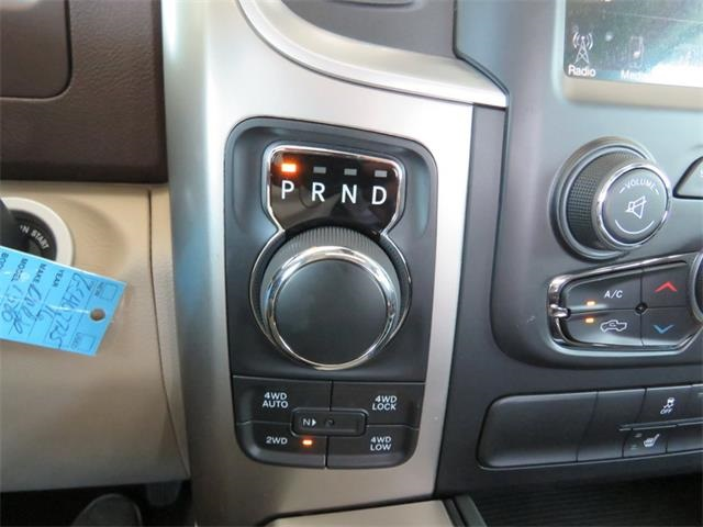 2016 Ram 1500 Crew Cab 4x4, Pickup #407725 - photo 20
