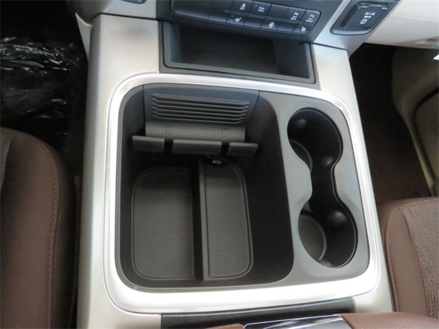 2016 Ram 1500 Crew Cab 4x4, Pickup #407725 - photo 25
