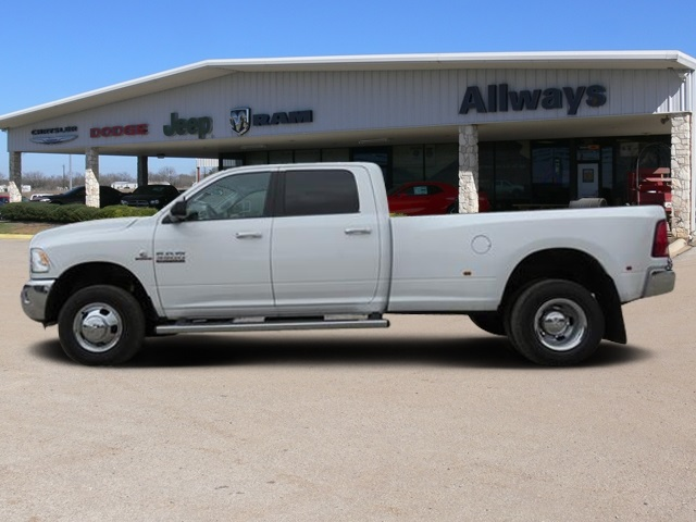 2017 Ram 3500 Crew Cab DRW 4x4, Pickup #527887 - photo 3