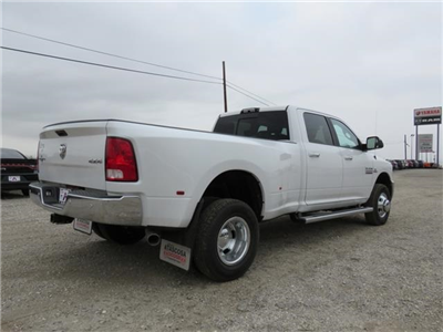 2017 Ram 3500 Crew Cab DRW 4x4, Pickup #527887 - photo 4