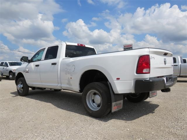 2017 Ram 3500 Crew Cab DRW 4x4, Pickup #736483 - photo 2