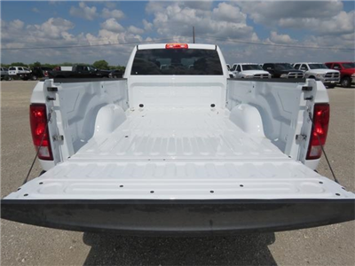 2017 Ram 3500 Crew Cab DRW 4x4, Pickup #736483 - photo 24