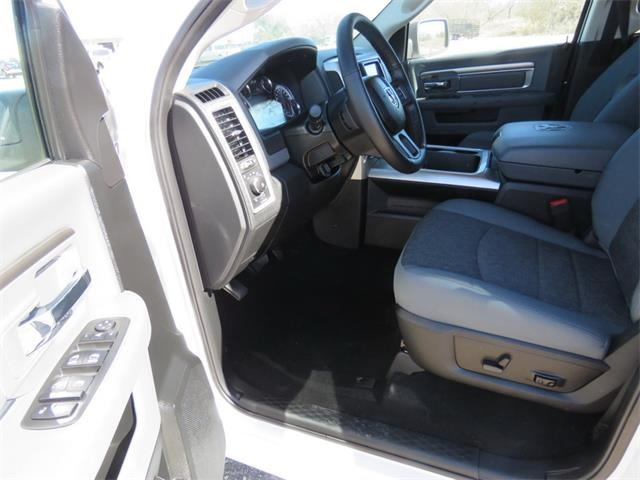 2017 Ram 1500 Crew Cab 4x4, Pickup #873521 - photo 12
