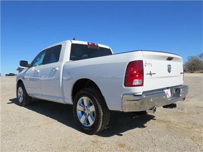 2017 Ram 1500 Crew Cab 4x4, Pickup #873521 - photo 4