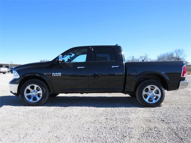 2017 Ram 1500 Crew Cab 4x4, Pickup #881567 - photo 5