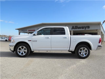 2017 Ram 1500 Crew Cab 4x4, Pickup #882914 - photo 5