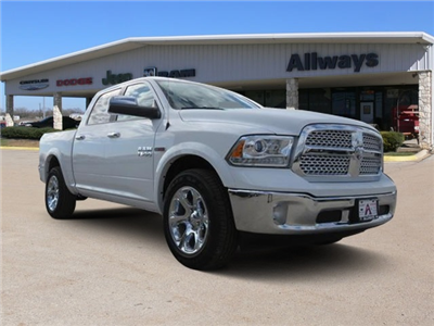 2017 Ram 1500 Crew Cab 4x4, Pickup #882946 - photo 1