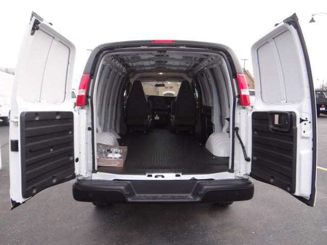 2017 Express 2500 Cargo Van #64761 - photo 2