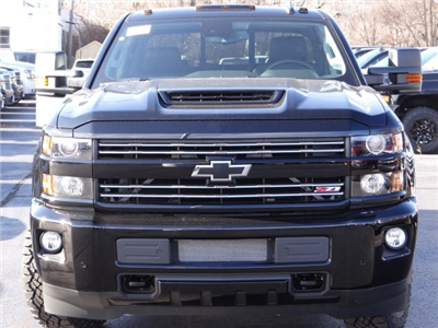 2018 Silverado 2500 Crew Cab 4x4 Pickup #65198 - photo 2
