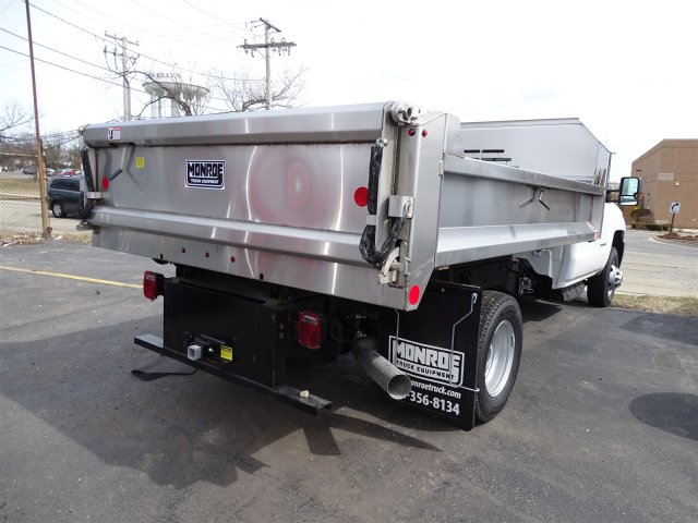 2018 Silverado 3500 Regular Cab DRW 4x4, Monroe MTE-Zee SST Series Dump Body #65247 - photo 2