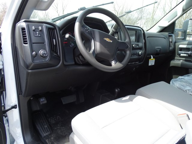 2018 Silverado 3500 Regular Cab 4x4, Pickup #65390 - photo 10