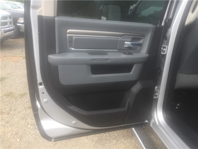 2018 Ram 5500 Crew Cab DRW, Cab Chassis #26503 - photo 8