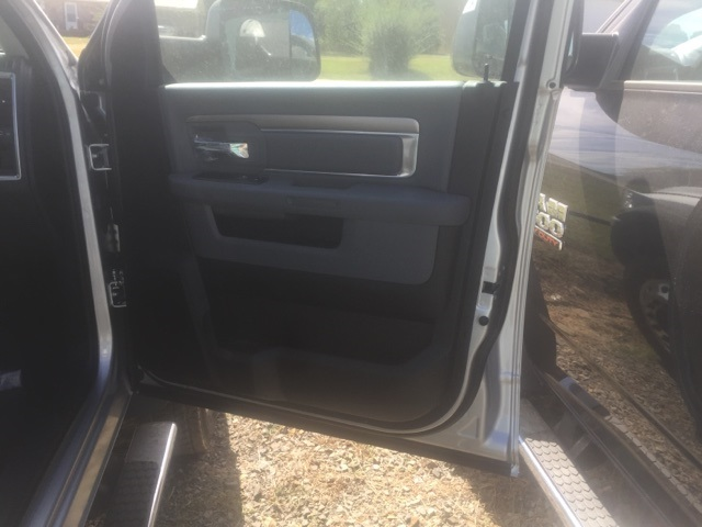 2018 Ram 5500 Crew Cab DRW, Cab Chassis #26504 - photo 16