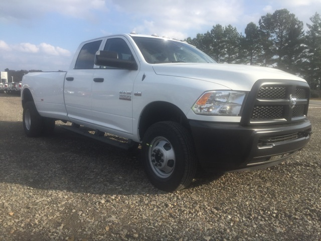 2018 Ram 3500 Crew Cab DRW 4x4,  Pickup #26642 - photo 4