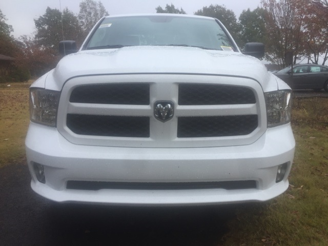 2018 Ram 1500 Quad Cab 4x4,  Pickup #26682 - photo 3