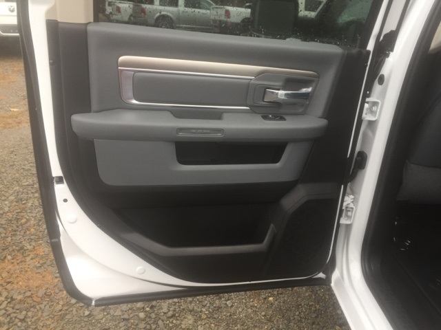 2018 Ram 1500 Crew Cab,  Pickup #26754 - photo 8