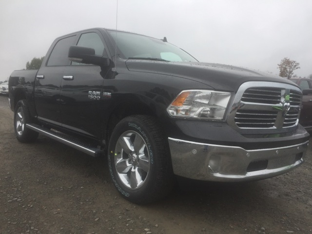 2018 Ram 1500 Crew Cab 4x4,  Pickup #26761 - photo 4