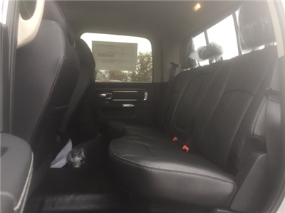 2018 Ram 5500 Crew Cab DRW, Cab Chassis #26763 - photo 7