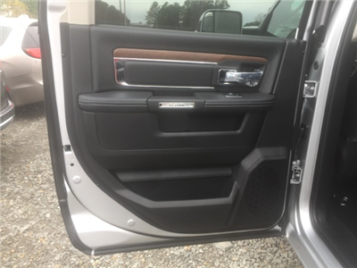 2018 Ram 5500 Crew Cab DRW, Cab Chassis #26763 - photo 8