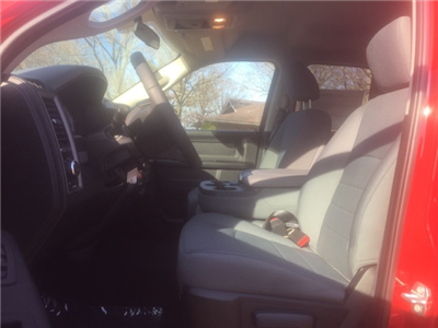 2018 Ram 1500 Quad Cab 4x4,  Pickup #26905 - photo 10
