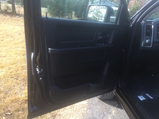 2018 Ram 1500 Quad Cab, Pickup #26916 - photo 11