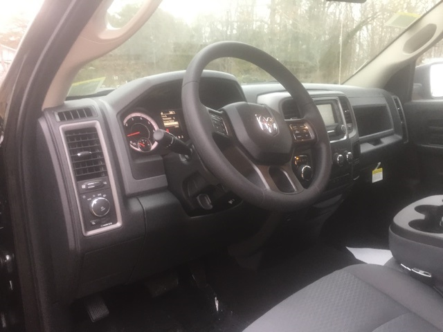 2018 Ram 1500 Quad Cab 4x2,  Pickup #27102 - photo 10
