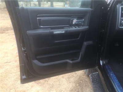 2018 Ram 3500 Crew Cab DRW 4x4,  Pickup #27184 - photo 14