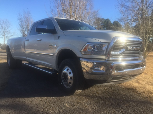 2018 Ram 3500 Crew Cab DRW 4x4, Pickup #27356 - photo 4