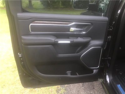 2019 Ram 1500 Crew Cab 4x4,  Pickup #27988 - photo 10