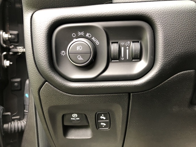 2019 Ram 1500 Crew Cab 4x4,  Pickup #28057 - photo 27